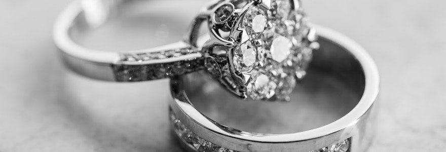 Bague de fiançailles personnalisée